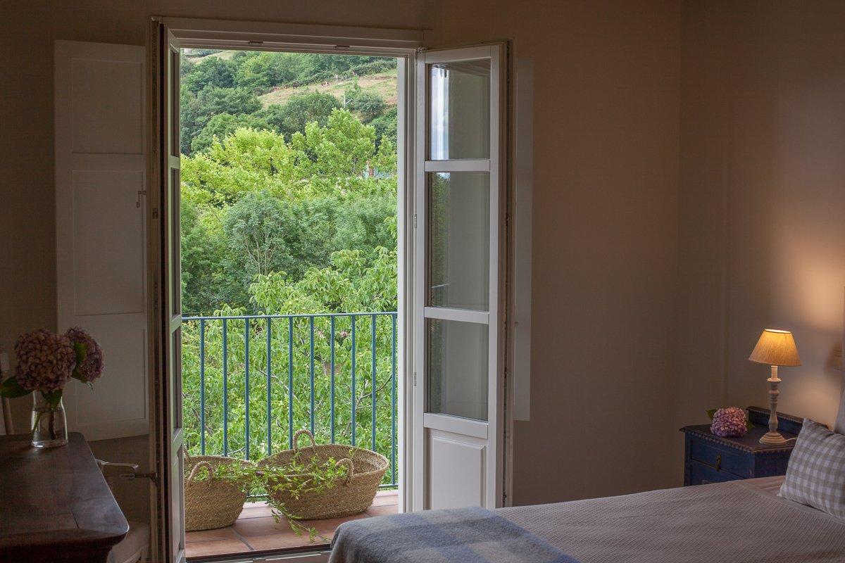 Balcón de la habitación doble Limonero con vistas a nuestro jardín con Limoneros